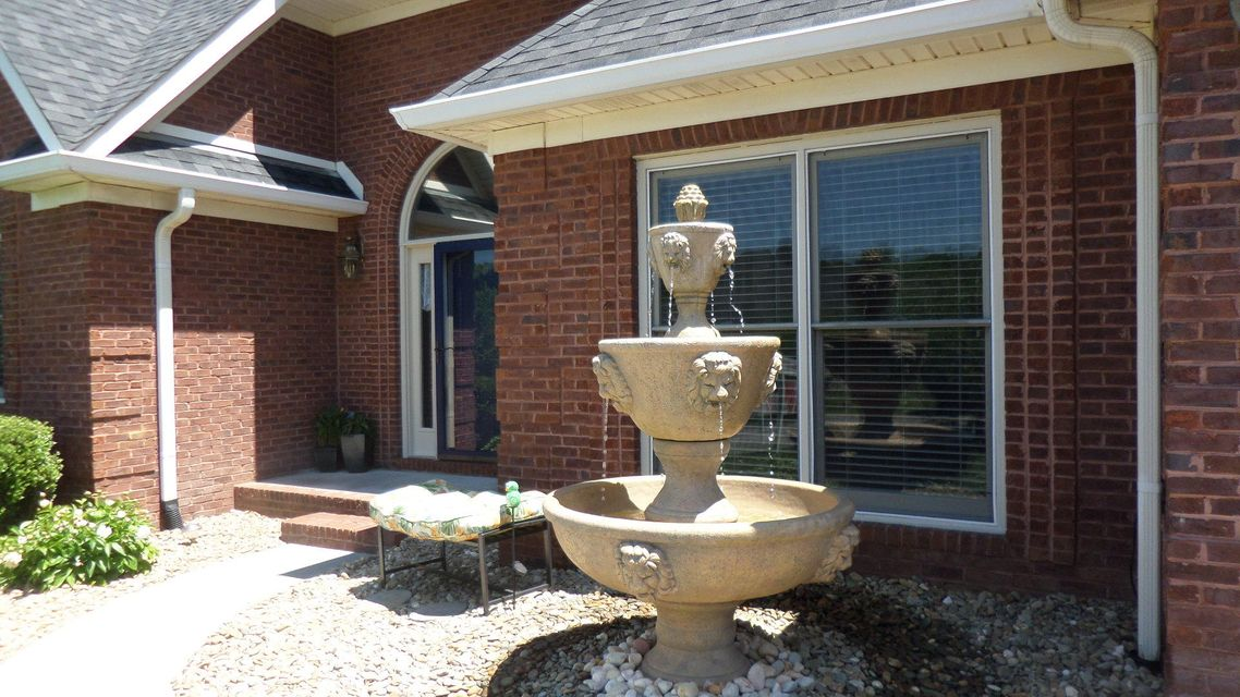 Additional photo for property listing at 123 Tradewind Street 123 Tradewind Street Clinton, Tennessee 37716 États-Unis