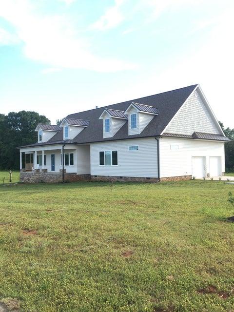 Частный односемейный дом для того Продажа на 118 Waterstone Drive 118 Waterstone Drive Benton, Теннесси 37307 Соединенные Штаты