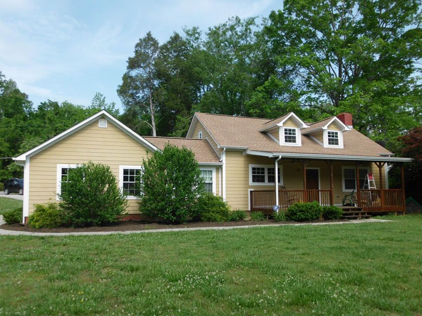 Single Family Home for Sale at 52 W Norris Road Norris, Tennessee 37828 United States