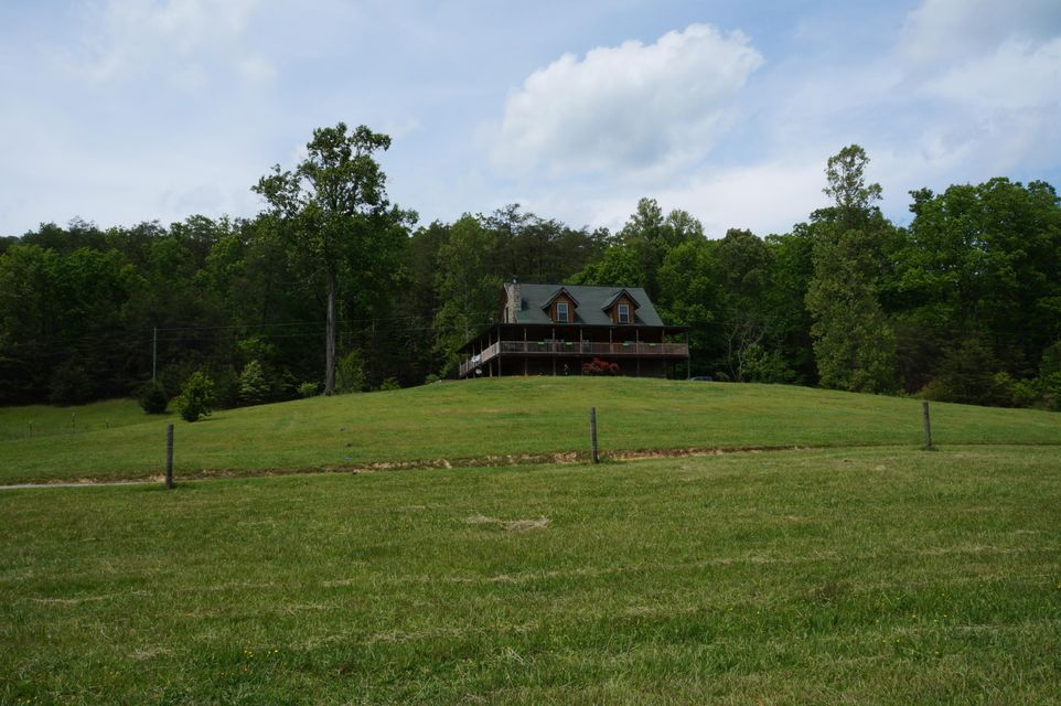 Single Family Home for Sale at 137 Poor Valley Creek Road 137 Poor Valley Creek Road Rogersville, Tennessee 37857 United States