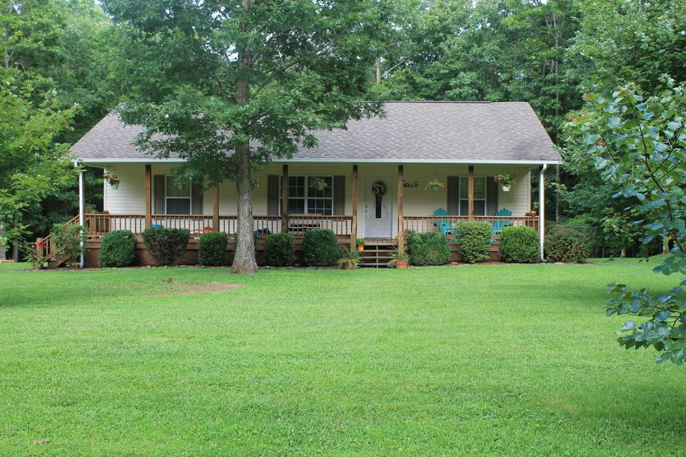 Single Family Home for Sale at 232 Laurens Lane Grimsley, Tennessee 38565 United States