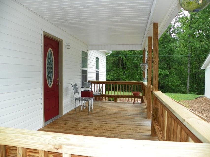 Casa Unifamiliar por un Venta en 165 Janie Lane Lancing, Tennessee 37770 Estados Unidos