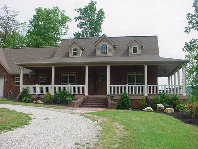 Single Family Home for Sale at 654 Redcut Road Pioneer, Tennessee 37847 United States