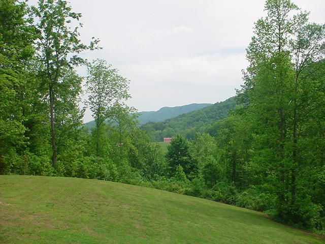 Additional photo for property listing at 654 Redcut Road 654 Redcut Road Pioneer, Tennessee 37847 United States