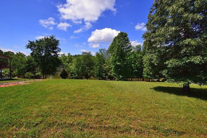 Additional photo for property listing at 1475 Scenic Lakeview Drive 1475 Scenic Lakeview Drive Spring City, Tennessee 37381 Estados Unidos