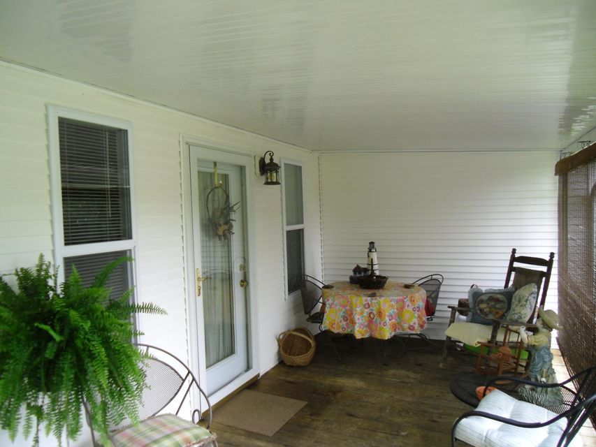 Additional photo for property listing at 404 Mountain Thrush Drive 404 Mountain Thrush Drive Townsend, Tennessee 37882 United States