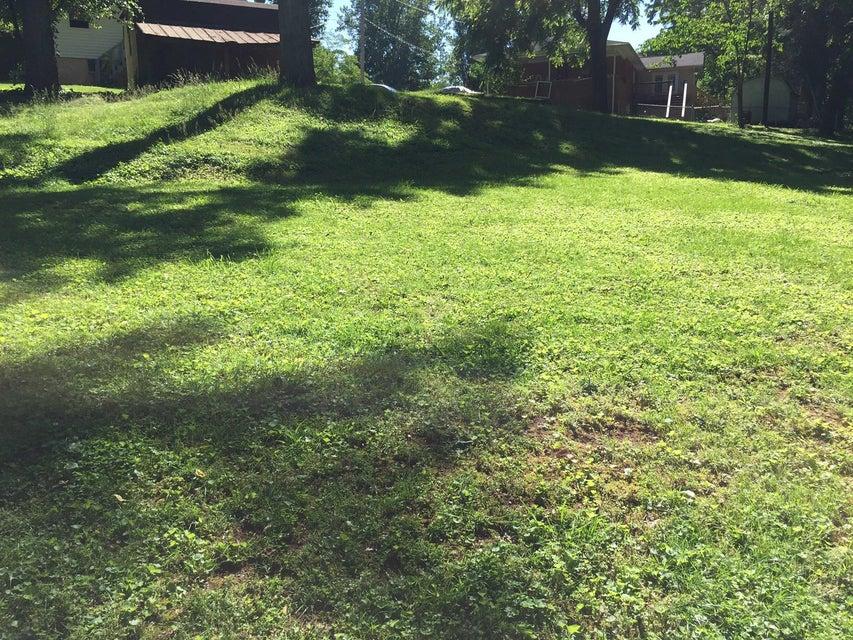 Additional photo for property listing at 104 Wellington Circle  Oak Ridge, Tennessee 37830 États-Unis