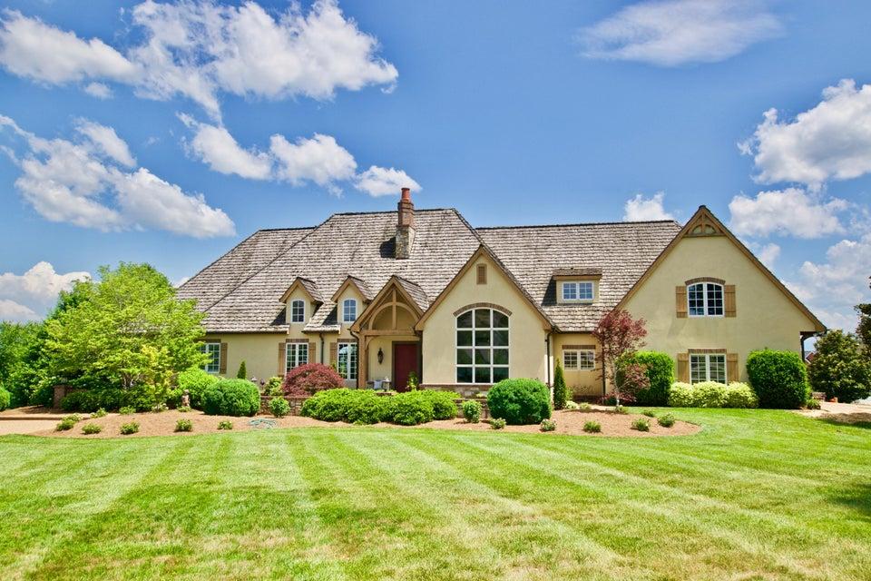 Частный односемейный дом для того Продажа на 1461 Saint Ives Blvd Alcoa, Теннесси 37701 Соединенные Штаты