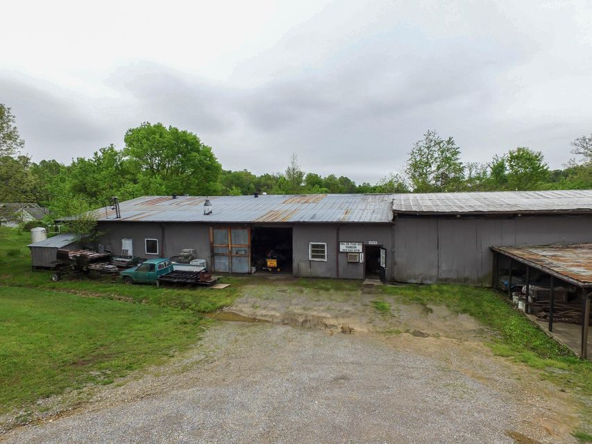 Commercial for Sale at 985 Midway Railroad Street 985 Midway Railroad Street Midway, Tennessee 37809 United States