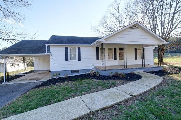 Casa Unifamiliar por un Venta en 1128 Turner Road Sale Creek, Tennessee 37373 Estados Unidos