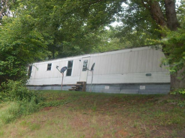 Single Family Home for Sale at 225 Lautner Road Bulls Gap, Tennessee 37711 United States