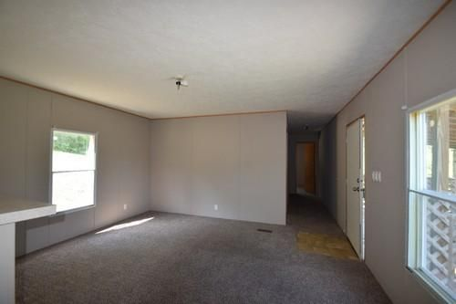 Additional photo for property listing at 603 Higway 370 603 Higway 370 Luttrell, Tennessee 37779 Estados Unidos