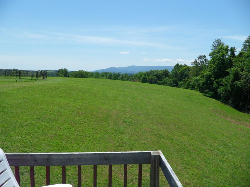 Additional photo for property listing at 185 Stevens Lane 185 Stevens Lane Lafollette, Tennessee 37766 Estados Unidos