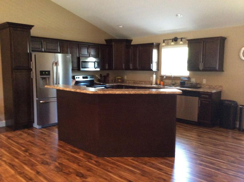 Additional photo for property listing at 1219 Cooper Lake Road 1219 Cooper Lake Road Oneida, Tennessee 37841 Estados Unidos