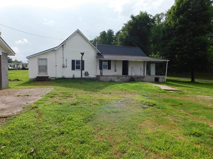 Single Family Home for Sale at 322 Linsdale Road Delano, Tennessee 37325 United States