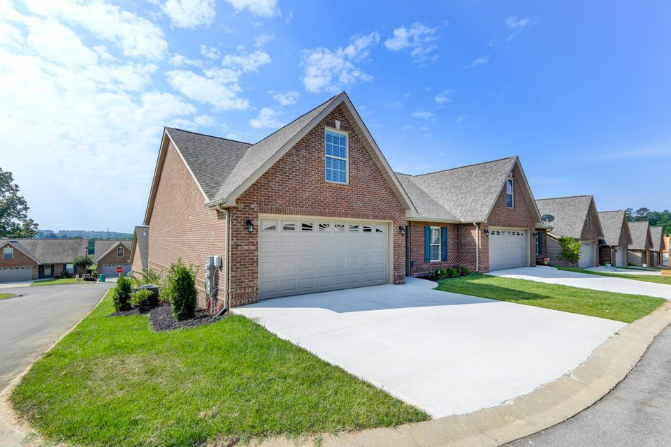 Additional photo for property listing at 5105 Sandy Knoll Way 5105 Sandy Knoll Way Knoxville, Tennessee 37918 États-Unis