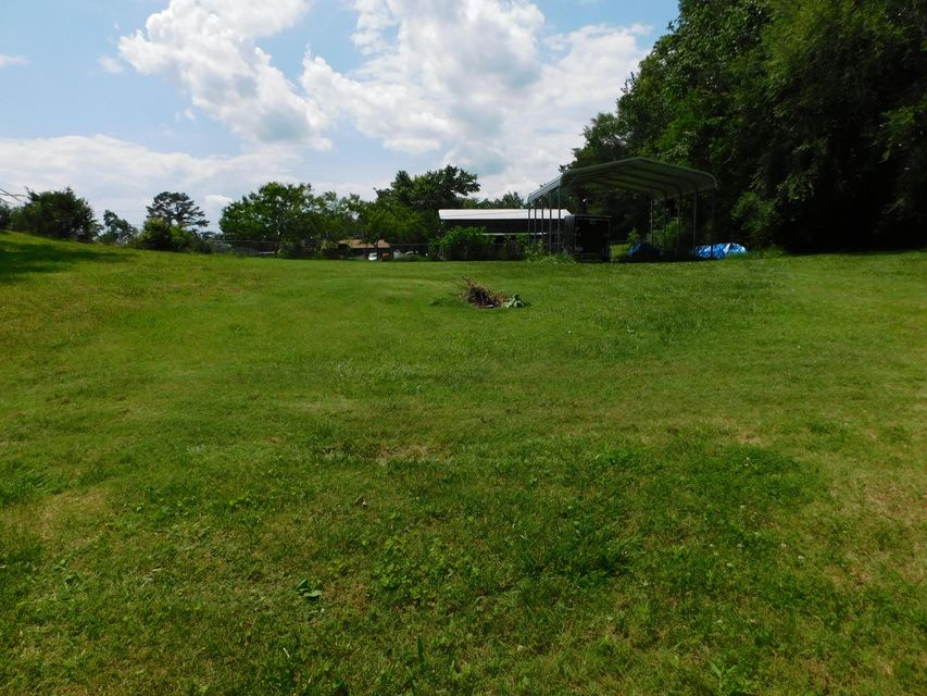 Additional photo for property listing at 187 NW Hannah Road 187 NW Hannah Road Cleveland, Tennessee 37311 États-Unis