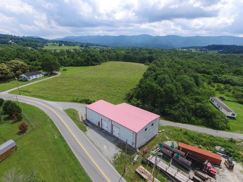 Коммерческий для того Продажа на 250 Mt Paran Road 250 Mt Paran Road Jacksboro, Теннесси 37757 Соединенные Штаты