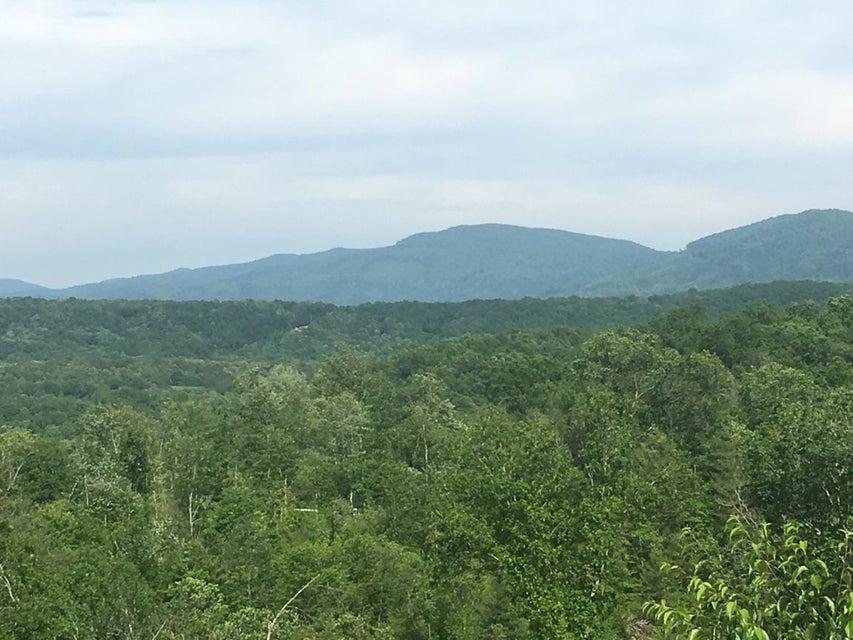 Terrain pour l Vente à 60 Rainbow Road Lancing, Tennessee 37770 États-Unis