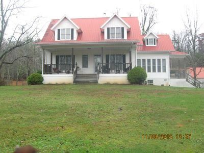 Casa Unifamiliar por un Venta en 479 Hannah Davidson Road Sunbright, Tennessee 37872 Estados Unidos