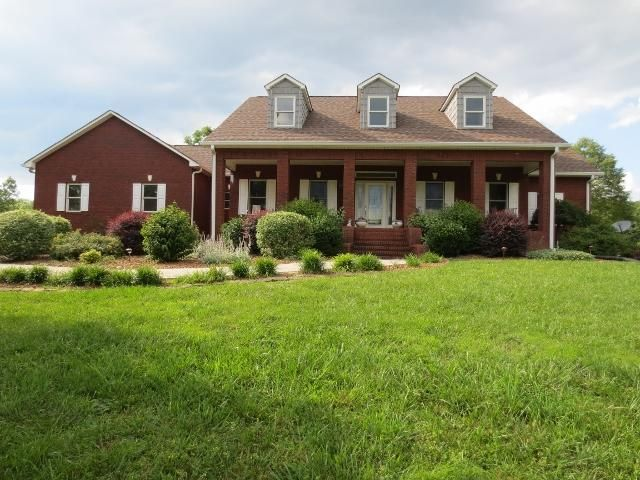 Casa Unifamiliar por un Venta en 737 Rayl Hollow Road 737 Rayl Hollow Road Decatur, Tennessee 37322 Estados Unidos