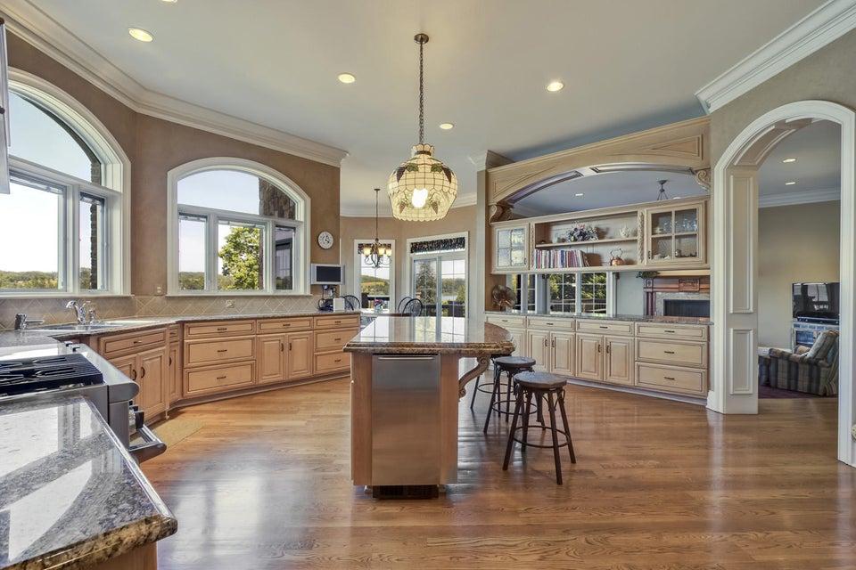 Additional photo for property listing at 326 Washita Lane  Loudon, Теннесси 37774 Соединенные Штаты