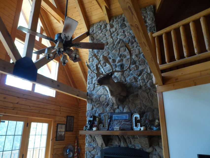 Additional photo for property listing at 432 Powder Mill Lane 432 Powder Mill Lane Lafollette, Tennessee 37766 États-Unis