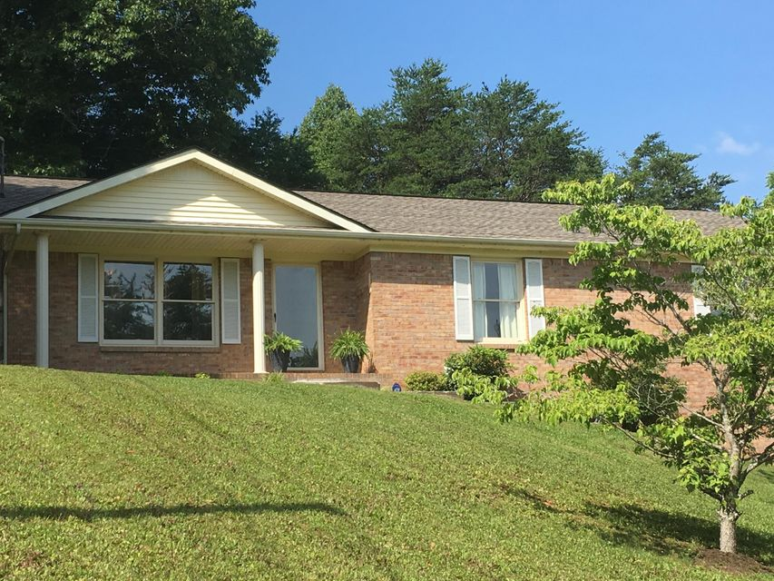 Single Family Home for Sale at 214 Den Lane Heiskell, Tennessee 37754 United States