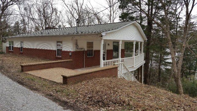 Single Family Home for Sale at 470 Askin Lane Baxter, Tennessee 38544 United States