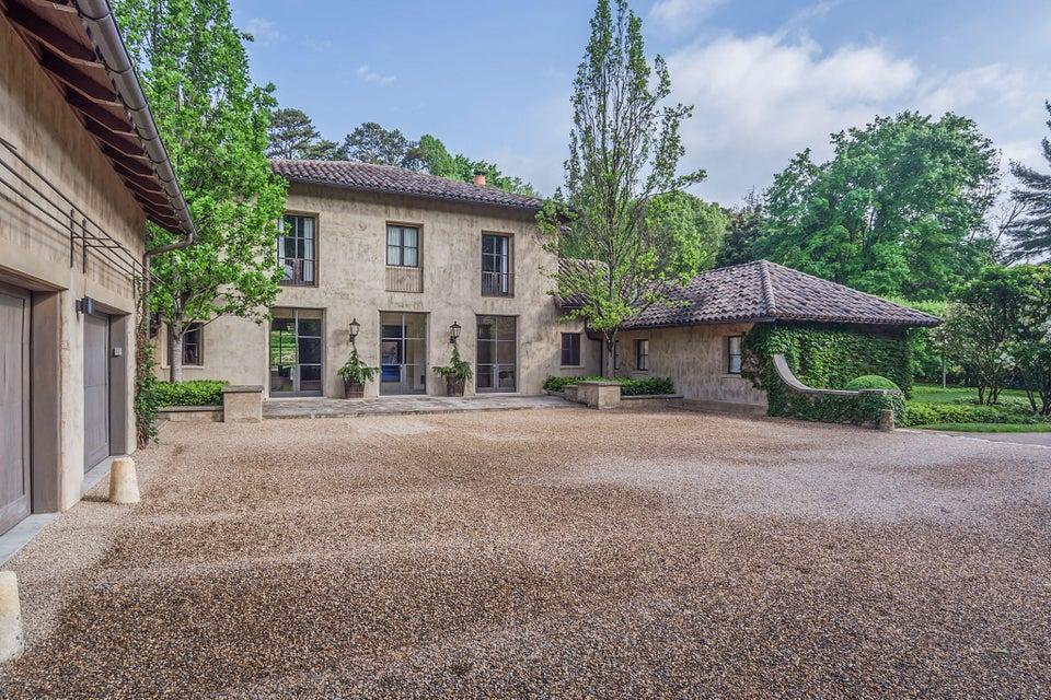 Casa Unifamiliar por un Venta en 1585 Lyons Bend Road Knoxville, Tennessee 37919 Estados Unidos