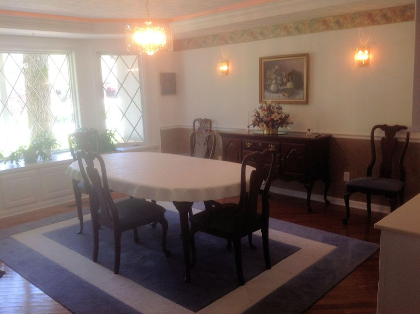 Additional photo for property listing at 120 Forest Hill Drive 120 Forest Hill Drive Crossville, Tennessee 38558 États-Unis
