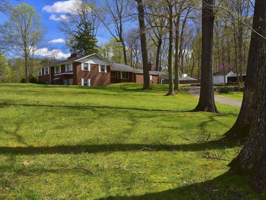 Casa Unifamiliar por un Venta en 4545 Preston Drive Kingsport, Tennessee 37664 Estados Unidos