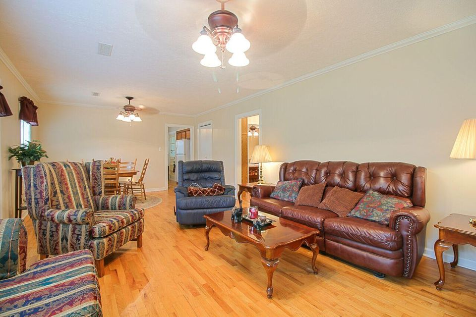 Additional photo for property listing at 303 Cruze Road 303 Cruze Road Powell, 田纳西州 37849 美国