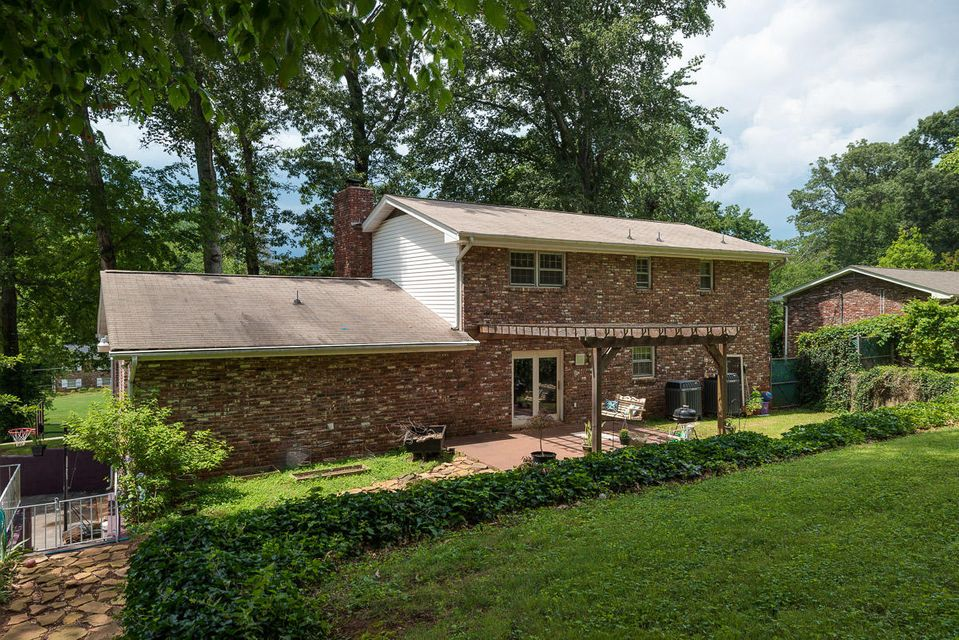 Additional photo for property listing at 6213 Apache Trail 6213 Apache Trail Knoxville, Теннесси 37920 Соединенные Штаты