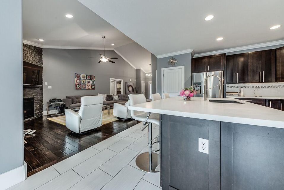 Additional photo for property listing at 1116 Southwick Drive 1116 Southwick Drive Alcoa, Tennessee 37701 États-Unis