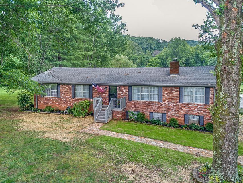 Single Family Home for Sale at 316 Self Hollow Road Rockford, Tennessee 37853 United States