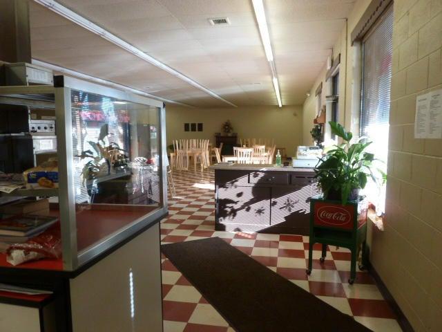 Additional photo for property listing at 2001 Michigan Avenue 2001 Michigan Avenue Allardt, Теннесси 38504 Соединенные Штаты