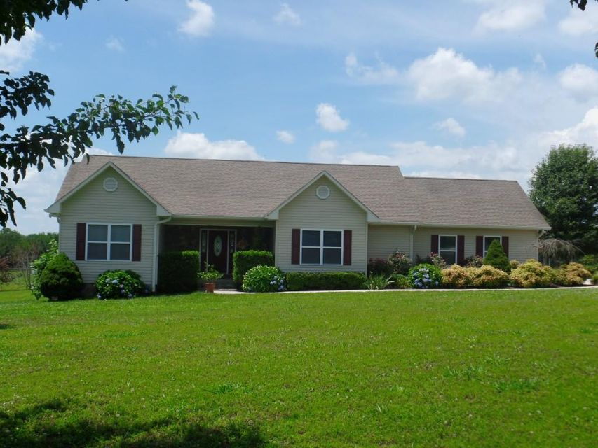 Single Family Home for Sale at 283 Tom Garrison Road Evensville, Tennessee 37332 United States