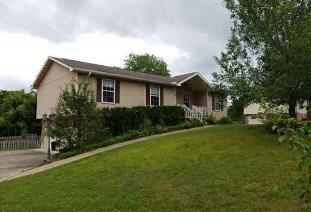 Maison unifamiliale pour l Vente à 7330 Tanya Drive Harrison, Tennessee 37341 États-Unis
