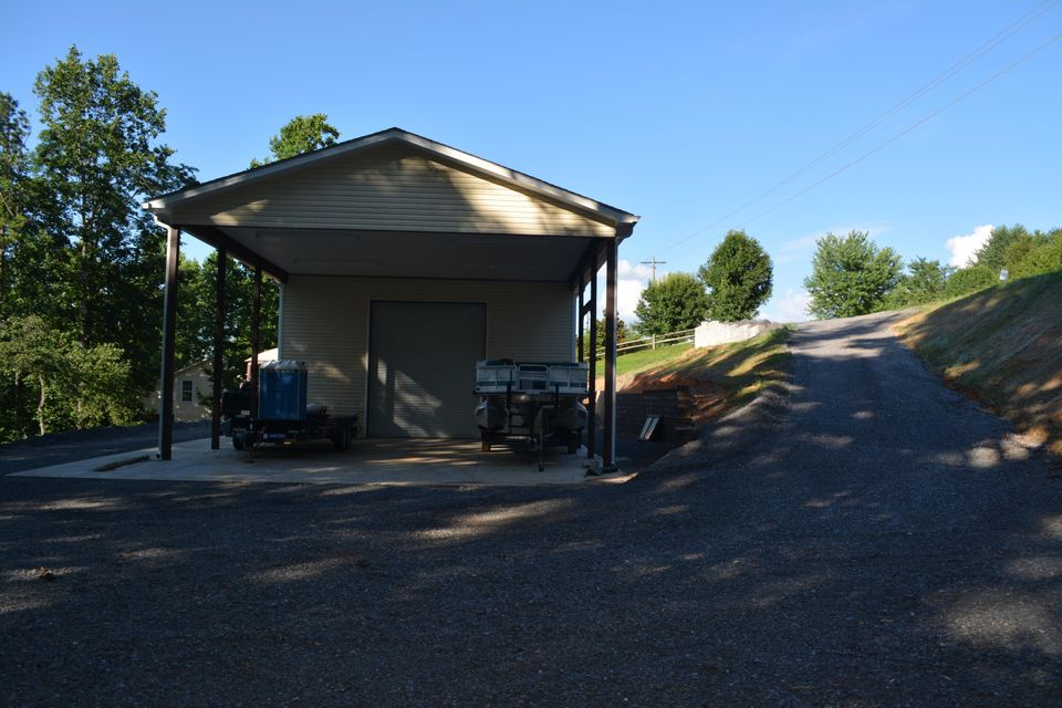Additional photo for property listing at 3618 Big Springs Road 3618 Big Springs Road Maryville, Теннесси 37801 Соединенные Штаты