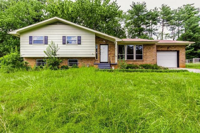 Maison unifamiliale pour l Vente à 1323 Koblan Drive Hixson, Tennessee 37343 États-Unis