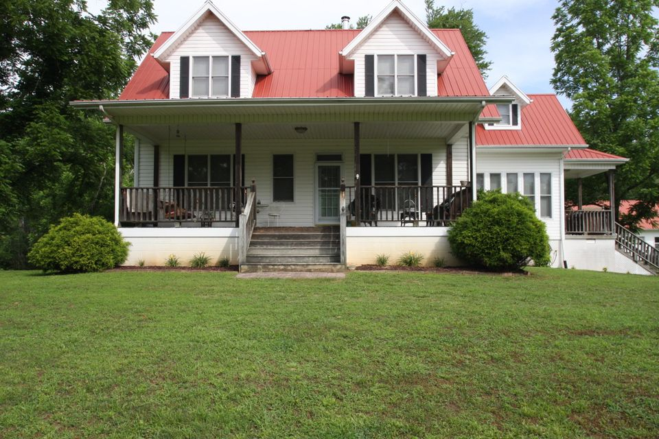 Single Family Home for Sale at 479 Hannah Davidson Road 479 Hannah Davidson Road Sunbright, Tennessee 37872 United States