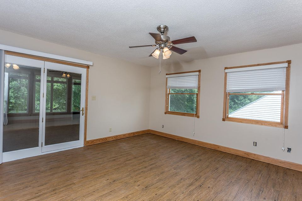 Additional photo for property listing at 225 NE Riverbend Tr 225 NE Riverbend Tr Charleston, Tennessee 37310 États-Unis