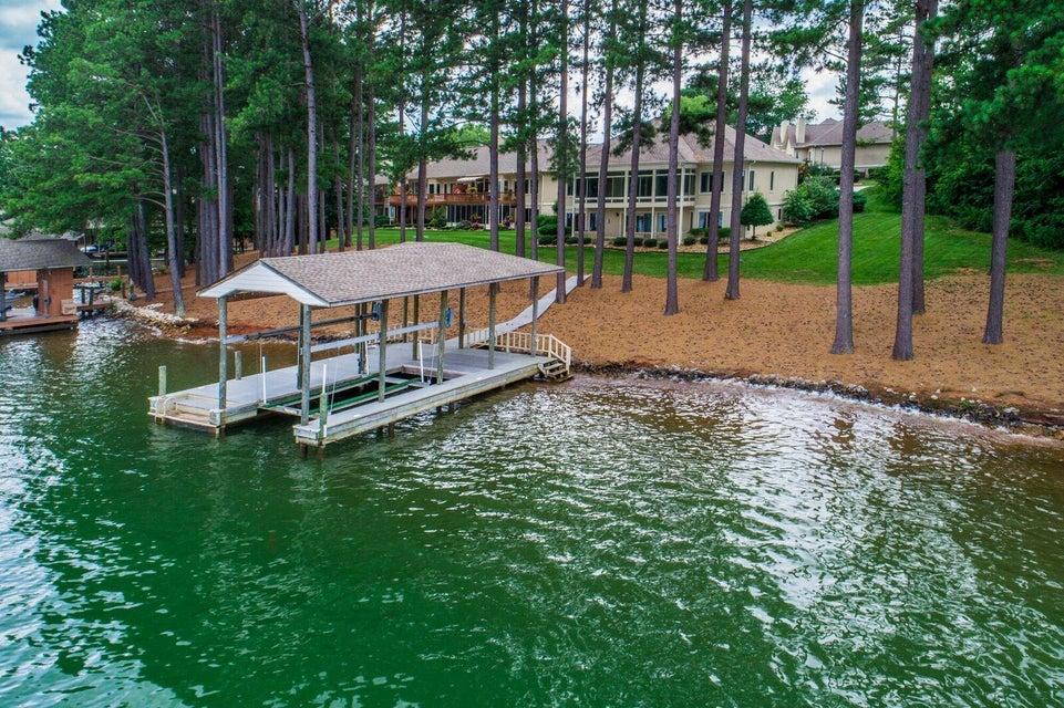 Частный односемейный дом для того Продажа на 212 Tanasi Lagoon Drive Loudon, Теннесси 37774 Соединенные Штаты