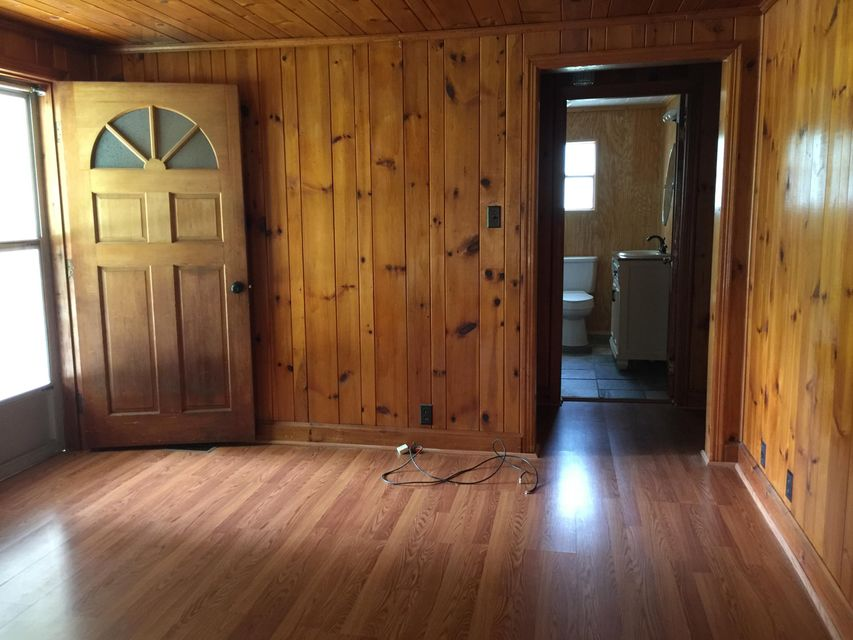 Additional photo for property listing at 3240 Old Highway 411 3240 Old Highway 411 Dandridge, Tennessee 37725 États-Unis