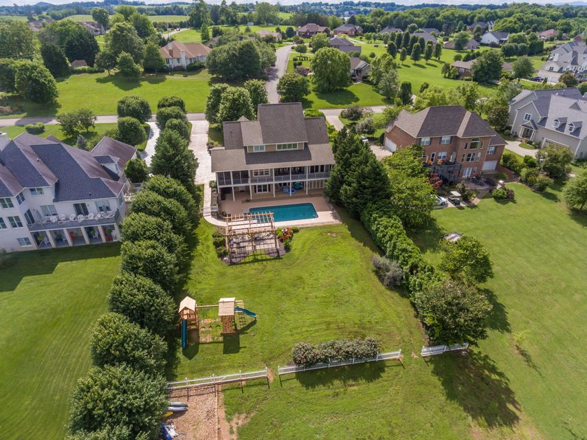 Additional photo for property listing at 3710 Riverbrook Drive 3710 Riverbrook Drive Louisville, Tennessee 37777 United States