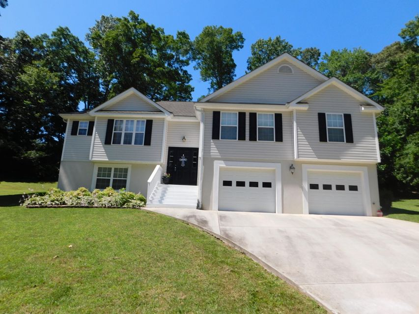 Single Family Home for Sale at 2380 Durban Point Drive Soddy Daisy, Tennessee 37379 United States