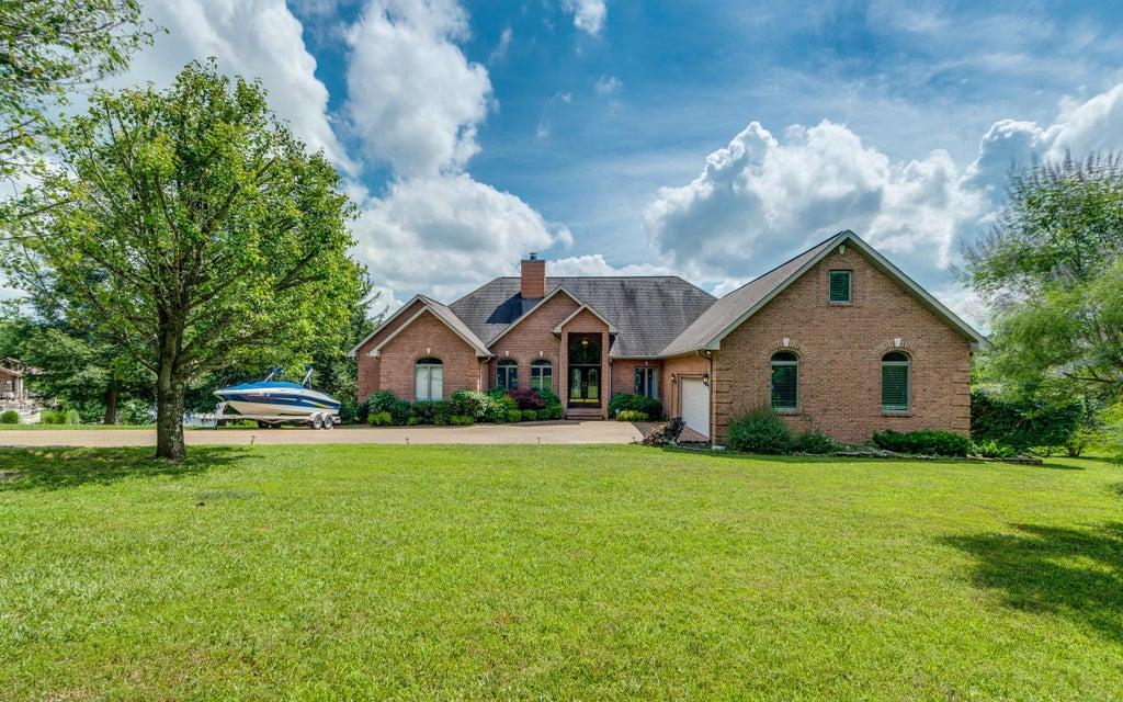 Maison unifamiliale pour l Vente à 13 Flamingo Drive 13 Flamingo Drive Crossville, Tennessee 38555 États-Unis