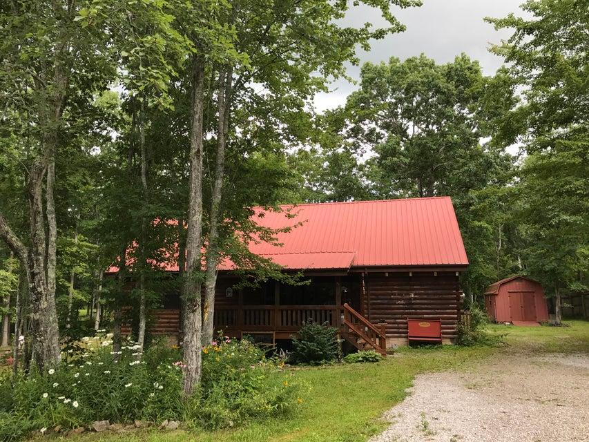 Частный односемейный дом для того Продажа на 3045 Coon Hunter Lodge Road Road 3045 Coon Hunter Lodge Road Road Jamestown, Теннесси 38556 Соединенные Штаты