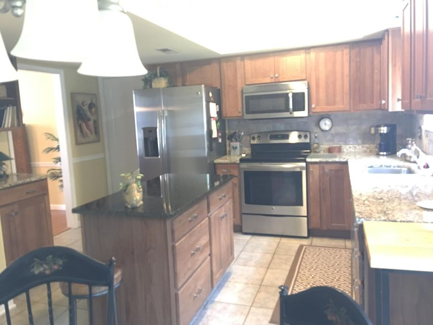 Additional photo for property listing at 1146 Whitesburg Drive 1146 Whitesburg Drive Knoxville, Tennessee 37918 United States